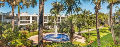 Grand Plaza Hotel | St  Pete Beach Hotel